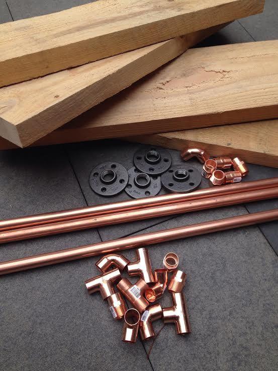 r aliser une tag re en tuyaux de cuivre boutique. Black Bedroom Furniture Sets. Home Design Ideas