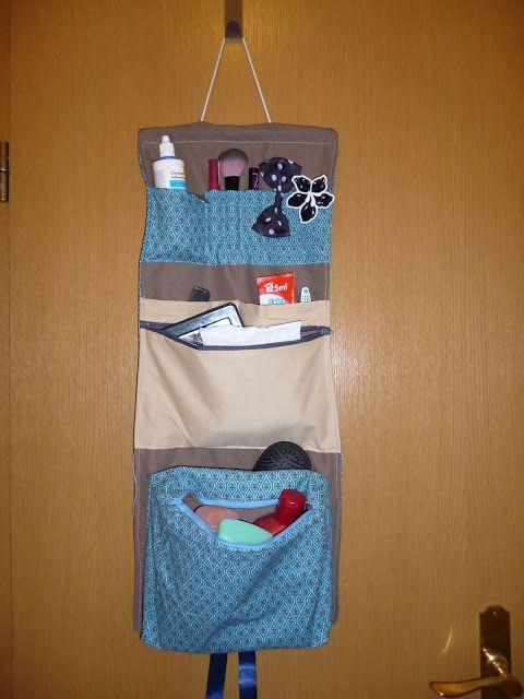 ber ideen zu kulturbeutel zum aufh ngen auf pinterest kulturbeutel schnittmuster. Black Bedroom Furniture Sets. Home Design Ideas