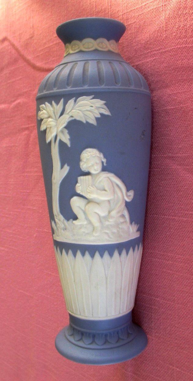 19 best floreros y urnas images on pinterest flower vases 2 in elegante florerito griego de 7 estilo wedgwood jasperware con un nio en relieve tocando una flauta de pan greek wedgwood style vase embossed child reviewsmspy