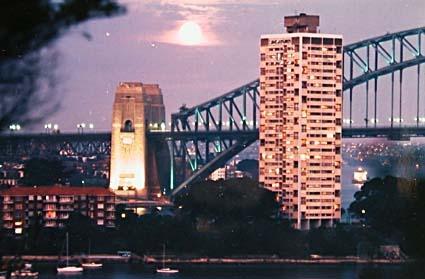 Moonrise over Sydney Harbour Bridge, 1987. NAA: A8746, K20/3/87/15