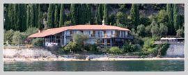 Villa Cappellina Hotel am Gardasee in Toscolano Maderno. Service: B an B, Schwimmbad, Fitness und Seesicht