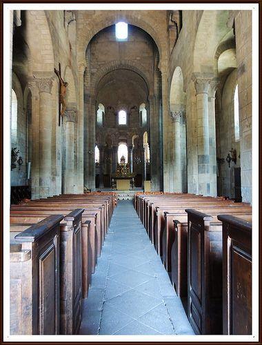 La nef de Notre-Dame de St Saturnin