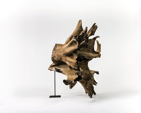 Dimensions: 150 x 210 x 220 cm  Status: Exhibition Sofitel Bali Nusa Dua  Human roots collection  This collection is made up of 200-year-old teak