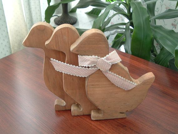 Vintage wooden duck  set home decor by luckyrosiescreations, $12.00