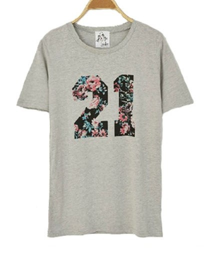 Grey 21 T-shirt with Vintage Floral Print