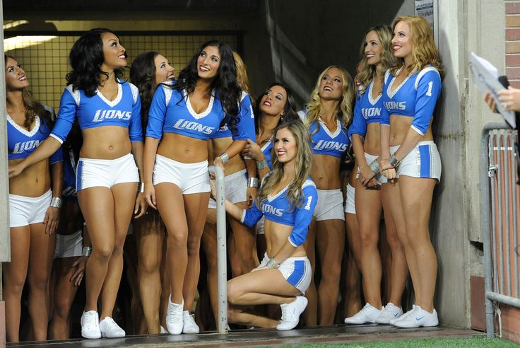 The Detroit Lions cheerleaders wait for their introductions before the first half of an NFL football game between the Detroit Lions and the Tennessee Titans, Sunday, Sept. 18, 2016, in Detroit. (AP Photo/Jose Juarez)