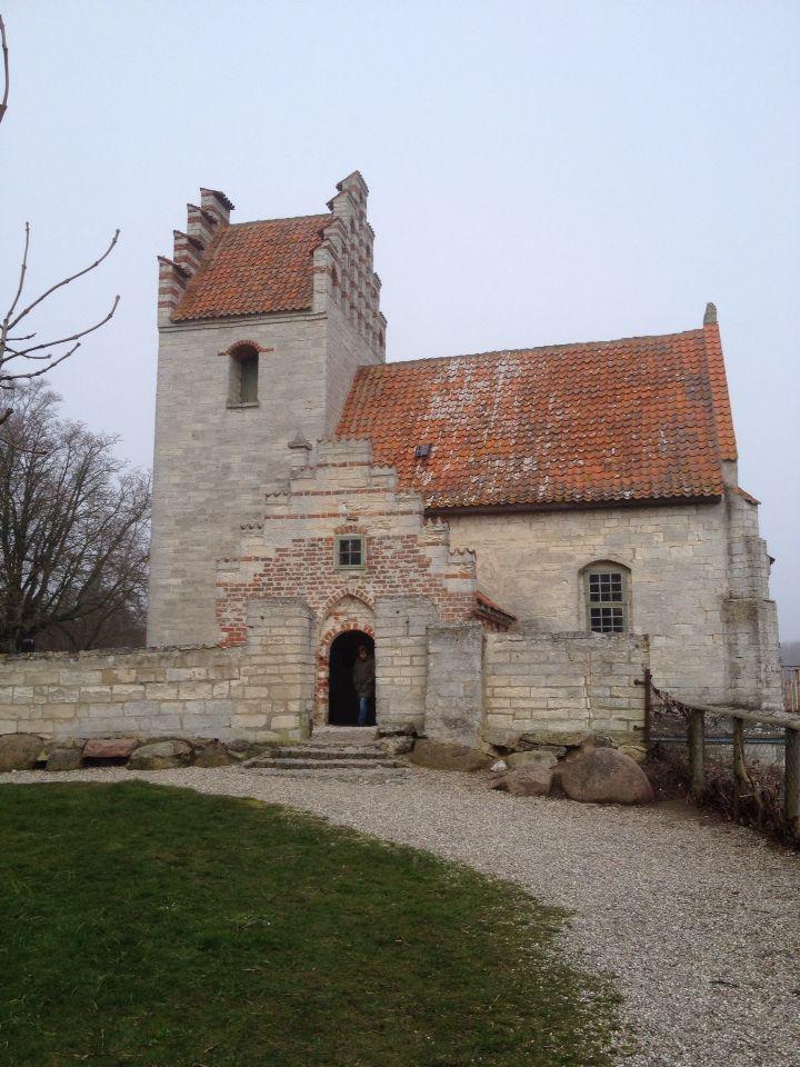 Højeruplund Kirke ved Stevns Klint