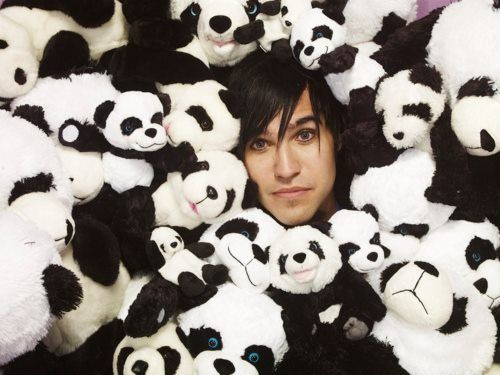 What's the only thing cuter than a Panda? Pete Wentz.