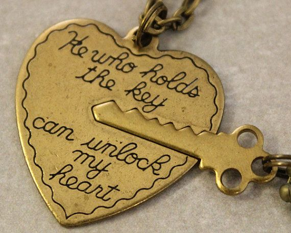 Couples Necklaces - He who holds the key can unlock my heart - Key to my heart