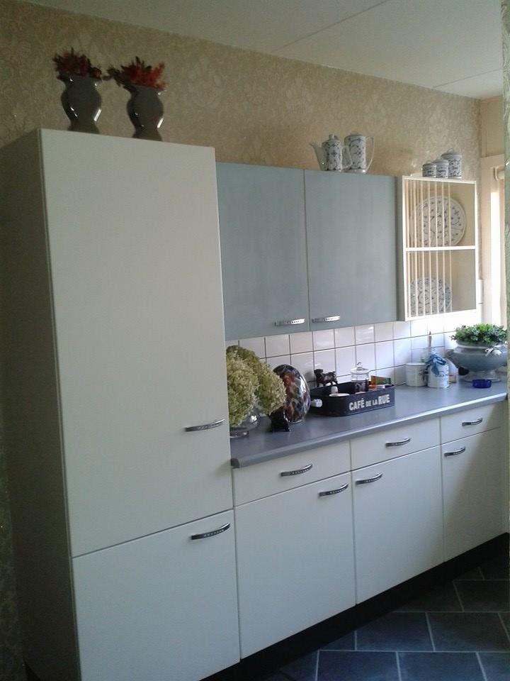 Keuken Schilderen Met Krijtverf : ben laatst spontaan begonnen met 2 keukenkast deurtjes te schilderen