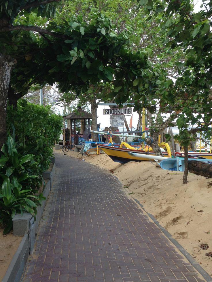 Sanur beach walk, Bali