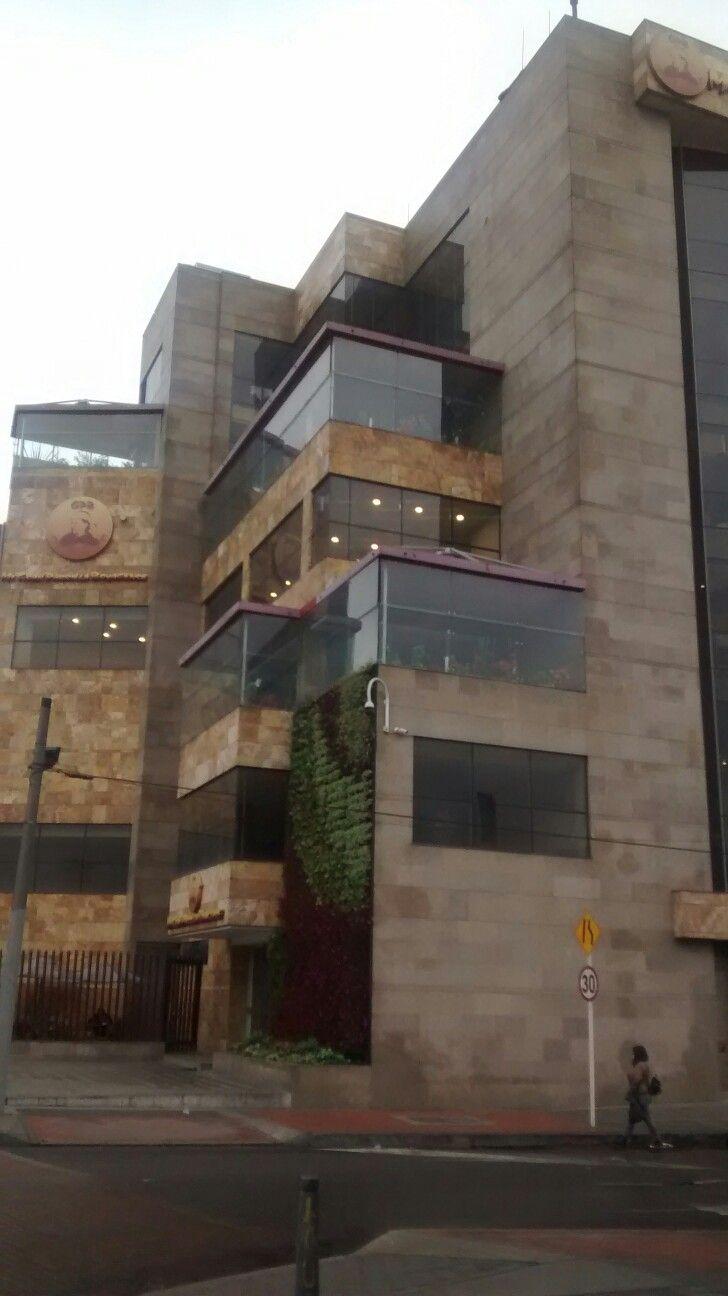 Restaurante Mi Gran Parrilla Boyacense de la carrera 30 en Bogotá.