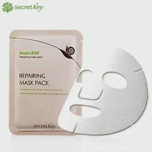 SecretKey Secret Key Snail + EGF Repairing Mask Sheet IDR 18.000  berat 20gram (essence-nya banyak sekali)  SMS/WA ORDER 085721615358  www.facebook.com/omonicorner    Fungsi Produk :  - Memberikan nutrisi bagi kulit  - Memutihkan/Mencerahkan  - Menenangkan kulit yang sedang radang/merah2  - Melembabakan  - Memperbaiki tekstur dan elastisitas kulit.  - Mengandung 90% yeast ferment filtrate, essencial amino acid, vitamin B,C,K yang menutrisi kulit dan  mencerahkan wajah.  - Beta glucan dapat…