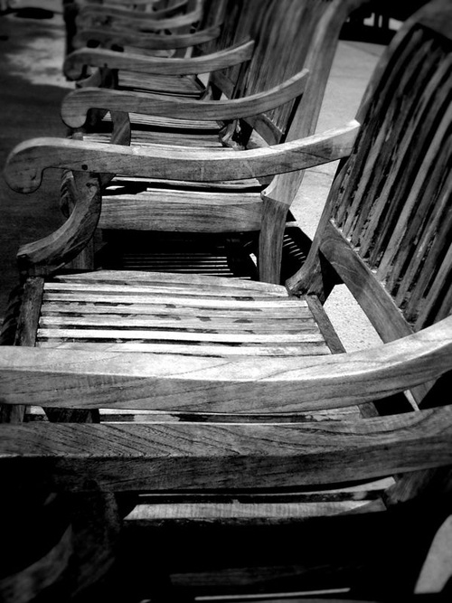 reminds me of the chairs at town center.