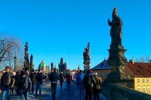 Sur le pont Charles à #Prague. #RépubliqueTchèque