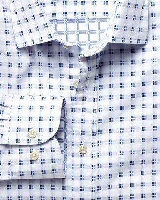 Slim Fit Hemd aus beidseitigem Gewebe in Weiß und Blau