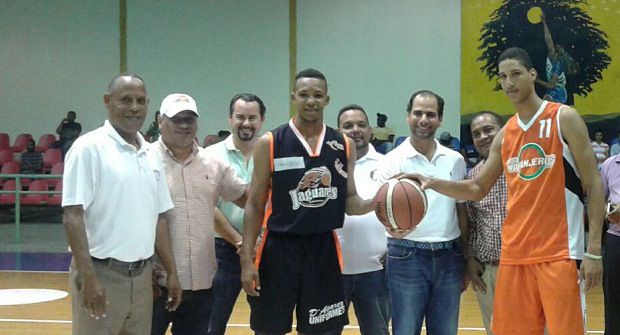 Inician este martes semifinales del Baloncesto Regional Este