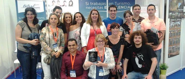 """La empresa Talent Manager Consulting fue premiada en la Feria International del Turismo, Arte y Cultura de América Latina y Europa EUROAL 2013.  Aquí algunos de los participantes del curso """"La nueva era de las Agencias de Viajes"""" que organizo Talent MC junto con la Universidad de Málaga."""