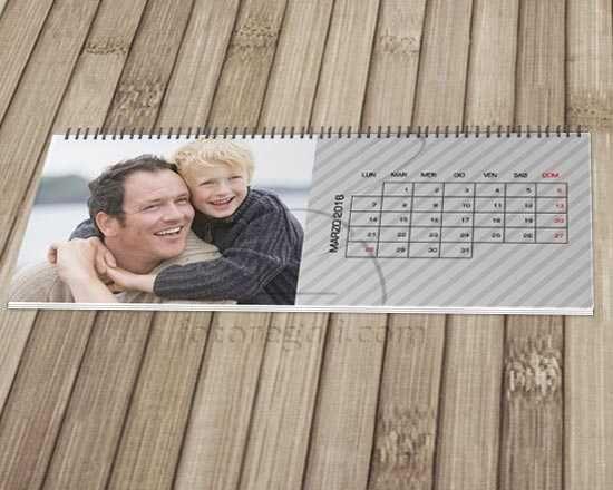 Un raffinato calendario nel colore grigio