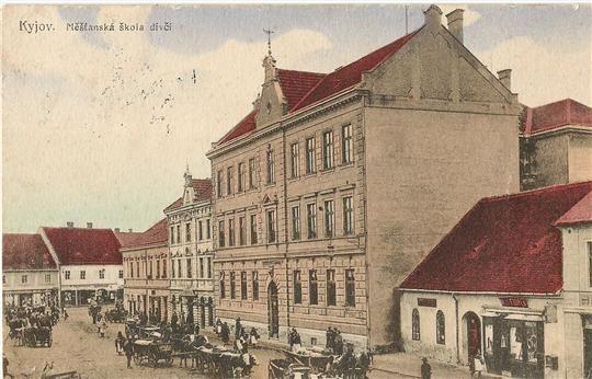 Ulice Komenského, dívčí měšťanská škola