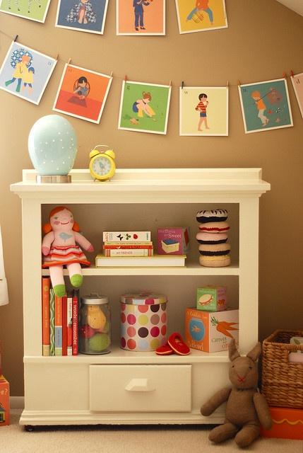 Book Shelf/Clothes pins