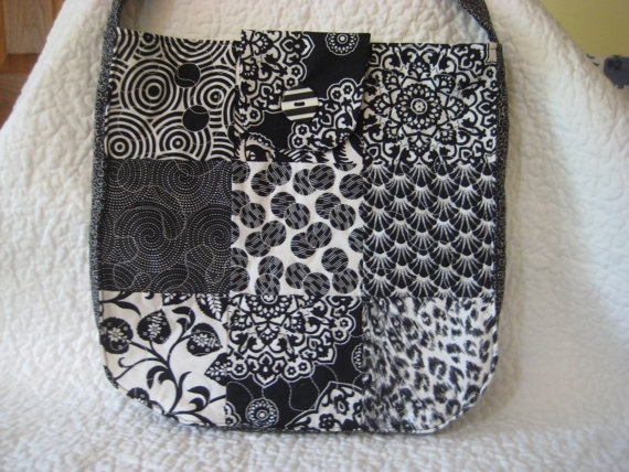 Black and White Quilted Purse by bellazaini on Etsy, $10.00