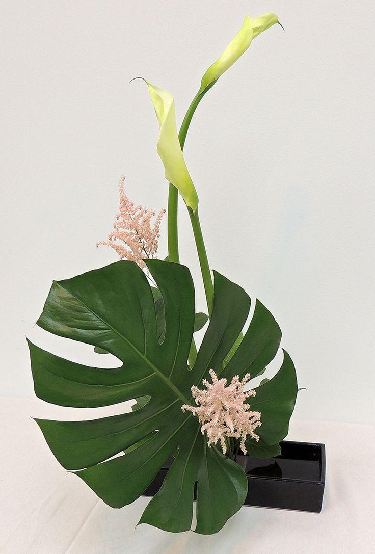 die besten 25 calla lily hochzeit blumenarrangements ideen auf pinterest calla lily hochzeit. Black Bedroom Furniture Sets. Home Design Ideas