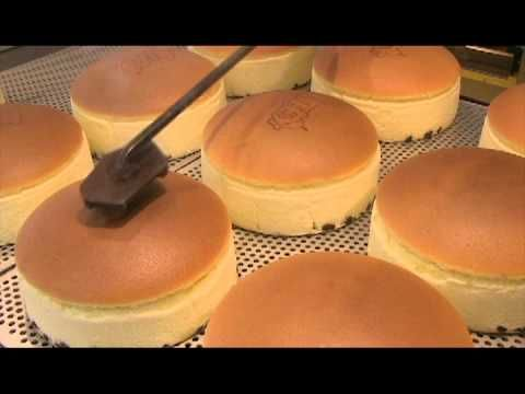 Japan's Bouncy Cheesecakes are Love at First Sight