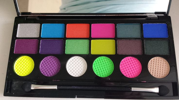 make-up revolution color chaos palette