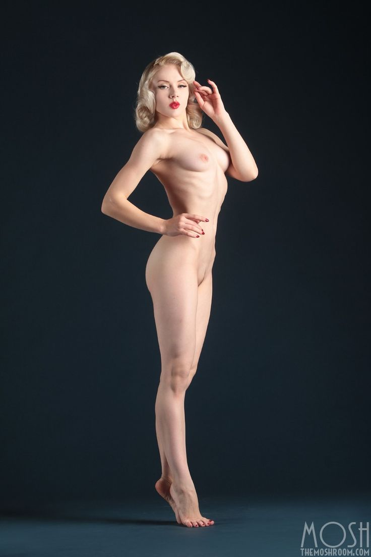 Best Nude Poses 15