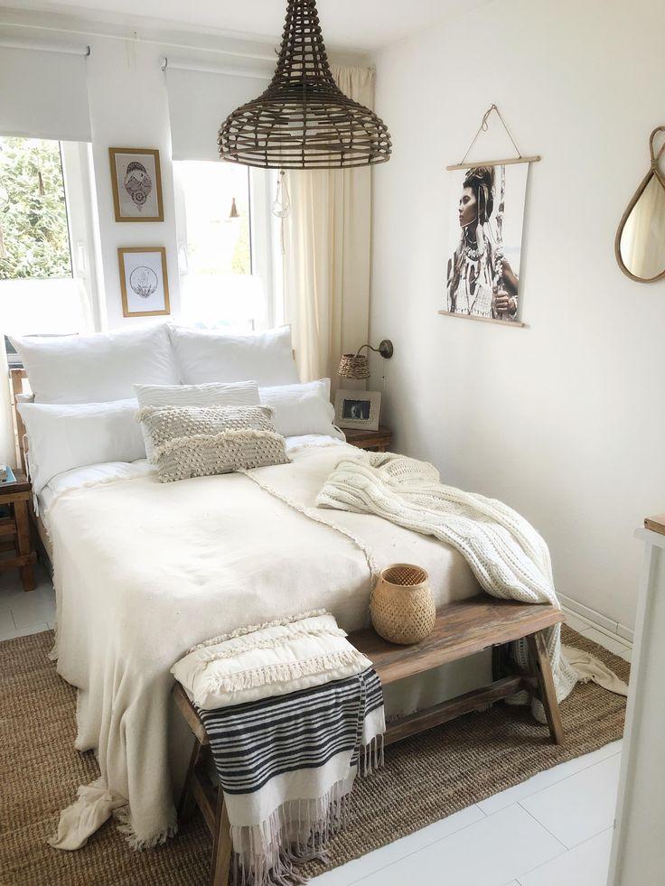 Blick ins Schlafzimmer scandistyle interiorbedr... in