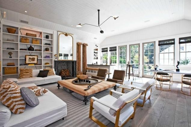 Gwyneth Paltrow & Chris Martin's Brentwood home