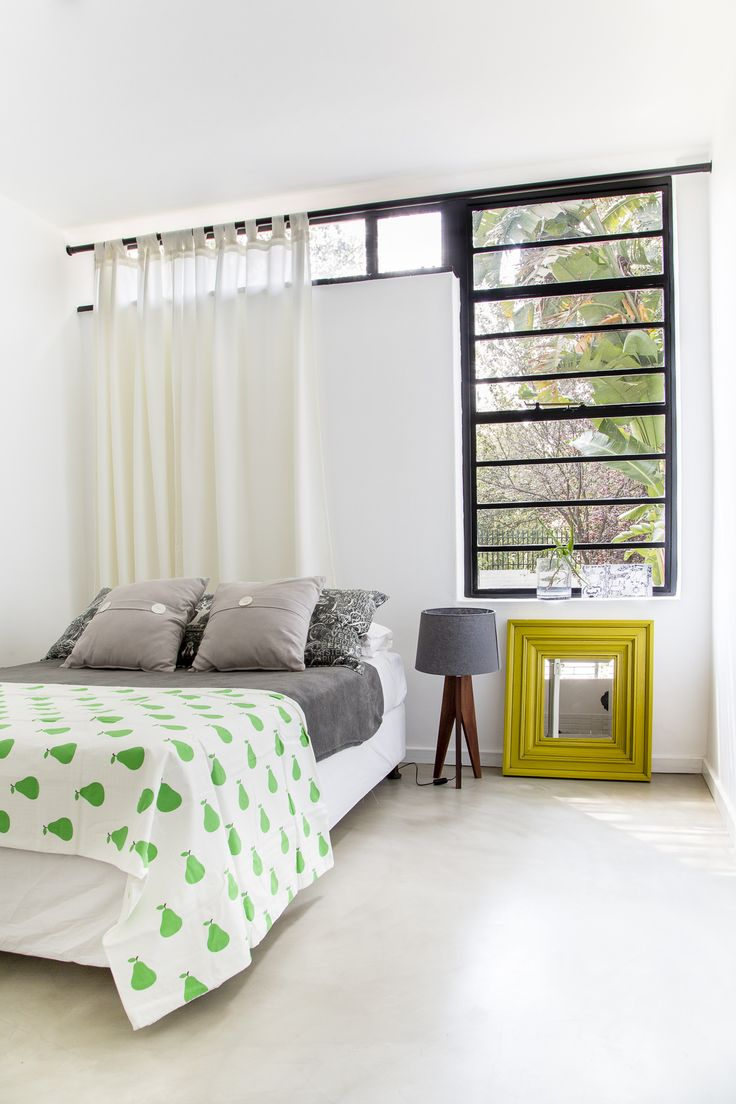 Joburg Interior Designer Charlene Oberholzer Owner Of Live Simple Interiors Credits The Minimalist