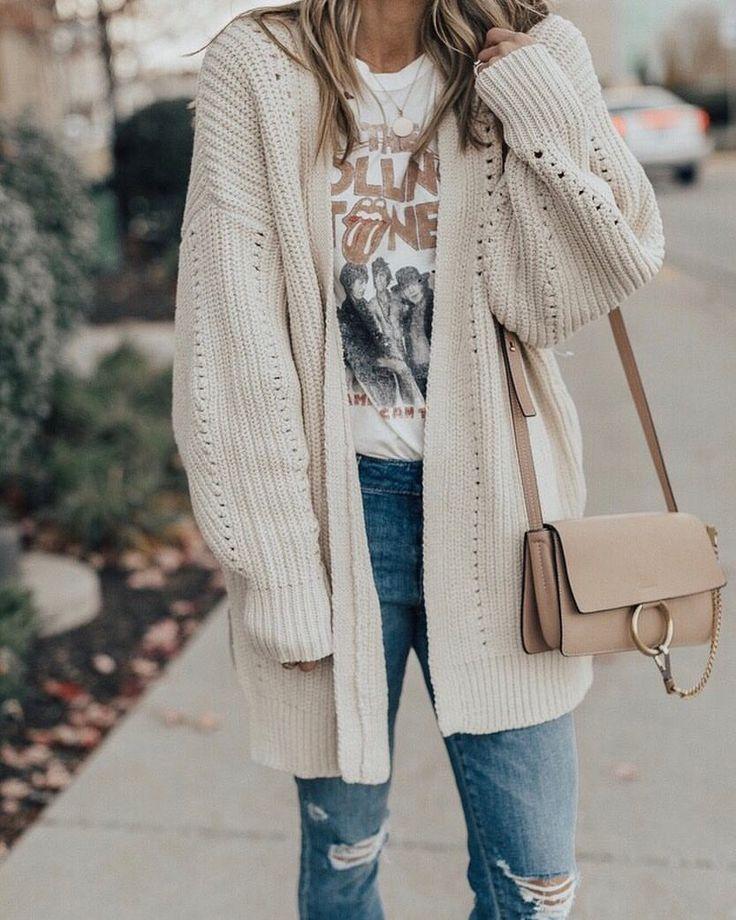 Pinterest ~ kaelimariee // Kaeli Marie Instagram ~ kaelimariee I really want that shirt!!