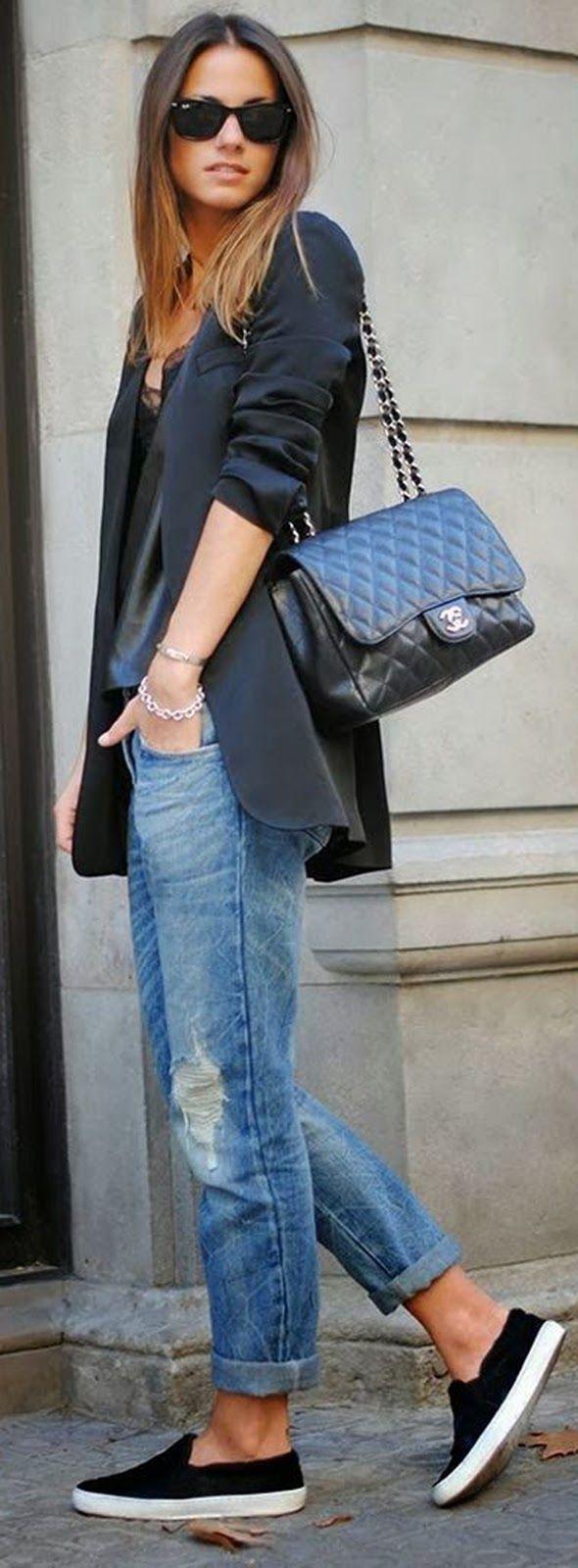 Boyfriend jeans, navy blazer, and Chanel purse <3