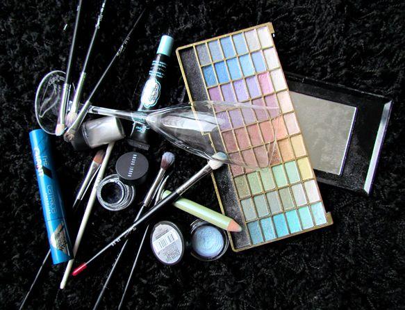Dnešní Makeup: Baby Blue Dating Turquoise http://getthelouk.com/?p=2299