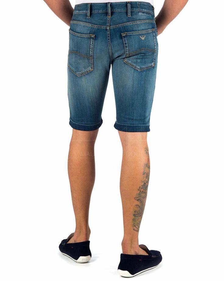 Solo pantalones vaqueros y pantalones cortos videos
