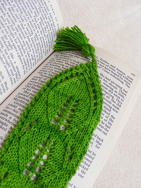 Ravelry: Leaf me alone...I'm reading Lace Bookmark pattern by Leigh Myers