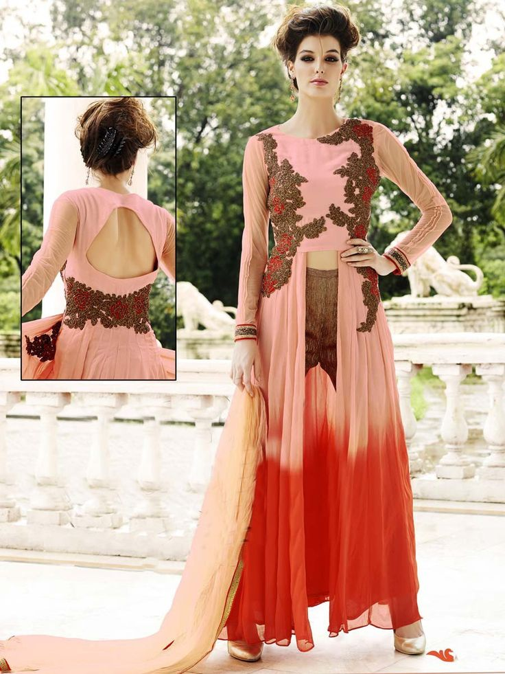Classic outfit will make you an icon of beauty.  Item Code: SLANA10150 http://www.bharatplaza.com/new-arrivals/salwar-kameez.html