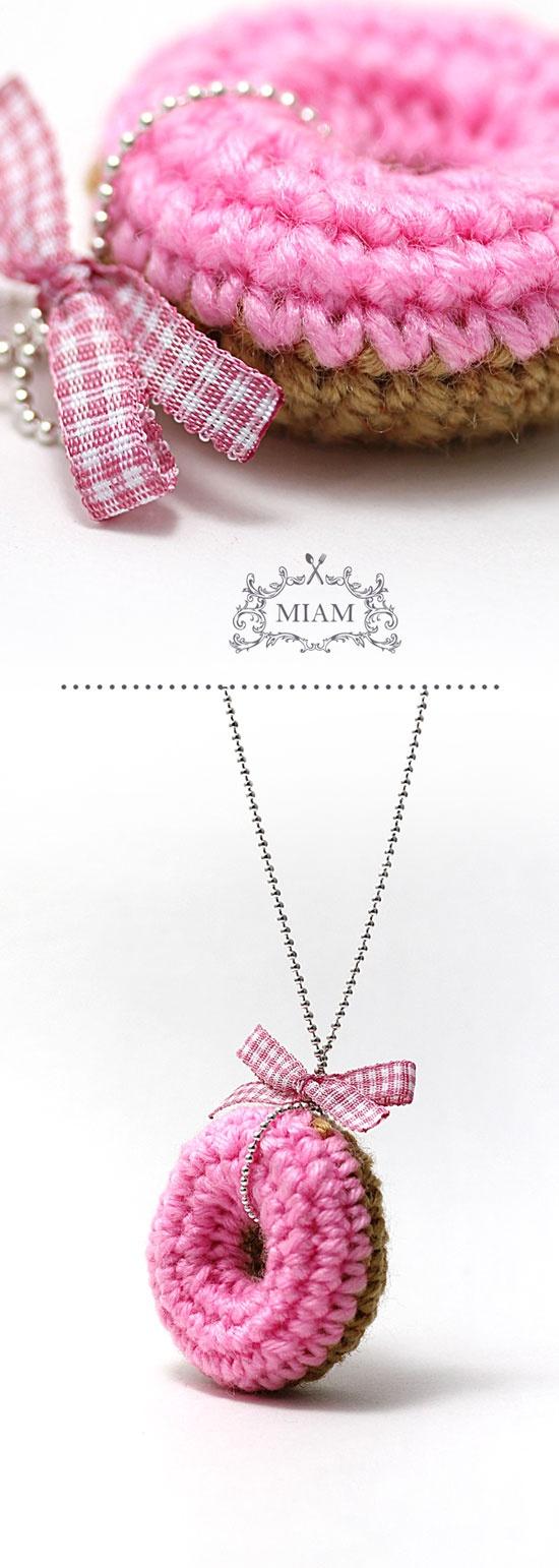 ao with <3 / Crochet donuts - necklace idea - Miam Paris #pink