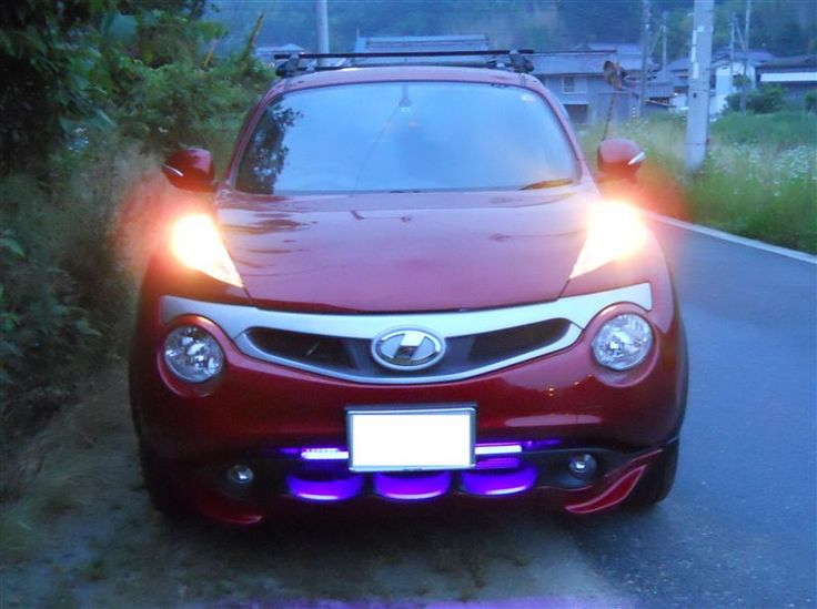 Nissan Juke With Impul Grill And Purple LED Under Lighting
