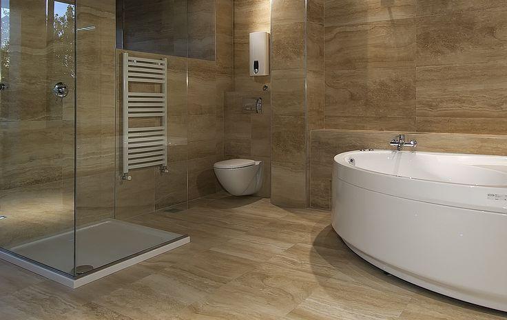 Badkamer in marmer - natuurstenen tegels
