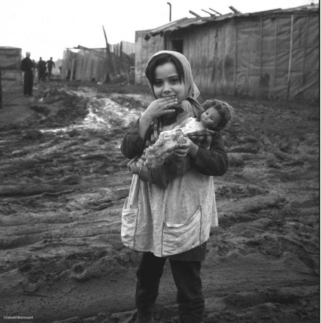 Une expo pour l'immigration portugaise des années 60 - France Inter