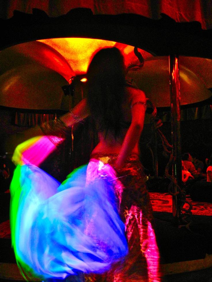 Belly dancer: Bellydance