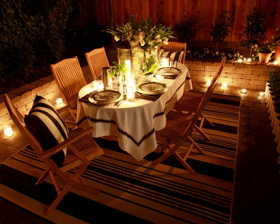 Outdoor Dining at night: Ideas, Outdoor Dining, Outdoor Living, Wood Design, Living Room, Candles, Dinners Parties, Outdoor Spaces, Dinners Decor