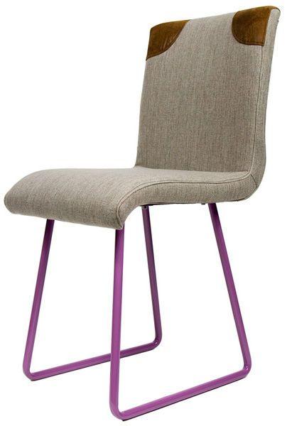 Nowoczesne krzesło SKID      Połączenie stylowego, tapicerowanego siedziska ze stalowymi płozami w podstawie, pomalowanymi na trzy neonowe kolory. Nowoczesny design polskich projektantów.