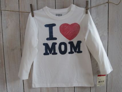"""NEW with tag! Share the love with Mom in this amazing  ivory OSHKOSH high quality longsleeve tee. Size 5 Measurements : width 36 cm, length 48 cm, sleeve length 38 cm Suitable for boy weight 37-42 lbs and height 42-44.5"""" Code B006"""