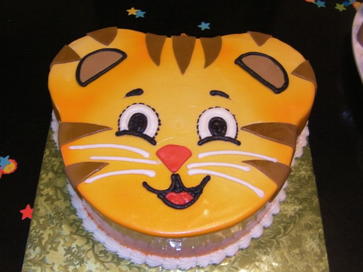 Daniel Tiger Cake Savannah 2nd Bday Pinterest