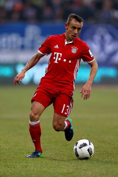Rafinha of Bayern Muenchen runs with the ball during the Bundesliga match between SV Darmstadt 98 and Bayern Muenchen at Stadion am Boellenfalltor on December 18, 2016 in Darmstadt, Germany.