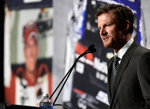 Dale Earnhardt Jr. today announced that he will retire following the 2017 NASCAR season. This morning, NASCAR's 14-time Most Popular Driver broke the news to his No. 88 Hendrick Motorsports race te…